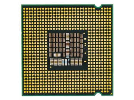 INTEL E3220 XEON 4x2400 SL9UP